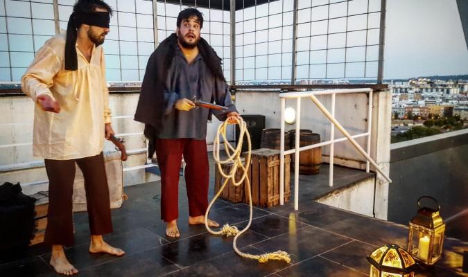 Magallanes y Elcano se apuntan al teatro